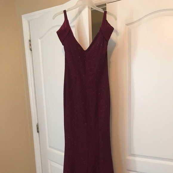 Night Way Collections Dresses & Skirts - Mermaid Formal Maroon Glittery Dress
